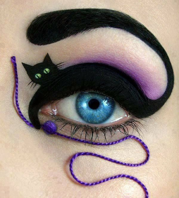 Black Cat Halloween Eye Makeup Idea